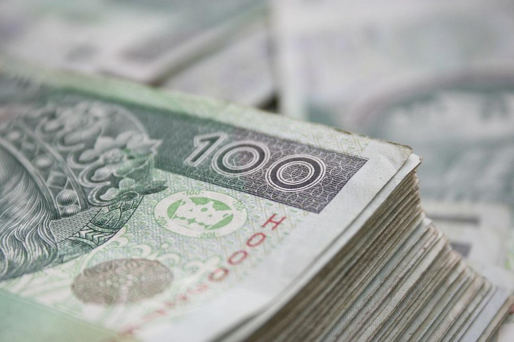 Stomatolog wyłudził z NFZ blisko 180 tys. zł
