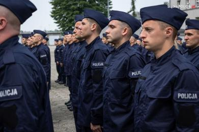 Nowi policjanci i oficerowie w śląskim garnizonie